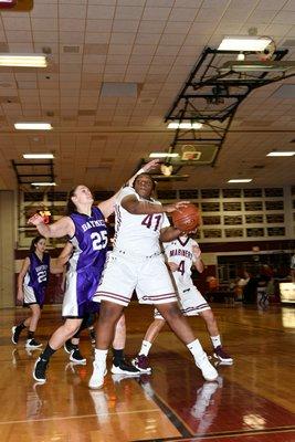 Hampton Bays freshman Kaitlyn Mounts covers Southampton junior Allysha Thomas. DANA SHAW