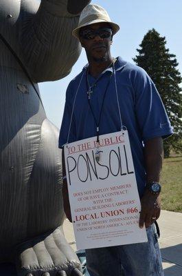 Daryl Harris, organizer for the Local 66 union. ALEXA GORMAN