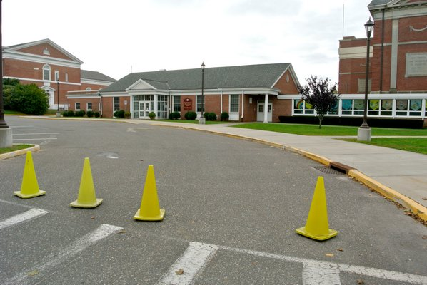Southampton Elementary School was closed  on Wednesday after a student was diagnosed with a case of enterovirus.  DANA SHAW