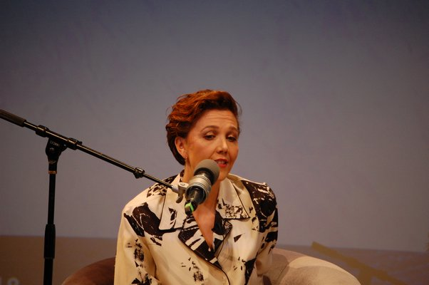 "Maggie Gyllenhaal speaking at Bay Street Theater during ""A Conversation With Maggie Gyllenhaal."" JON WINKLER"