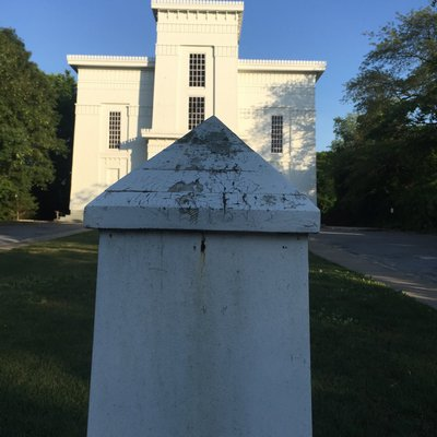 Old Whaler's Church BOB WEINSTEIN