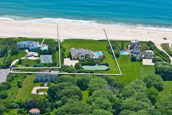The home at 134 Murray Lane, which is part of the 1800s McDonnell-Murray compound, sold in Southampton Village for $32 million. COURTESY SOTHEBY'S INTERNATIONAL REALTY