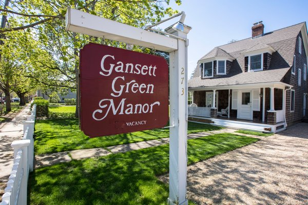 Gansett Green Manor in Amagansett. COURTESY JOHN MUSNICKI