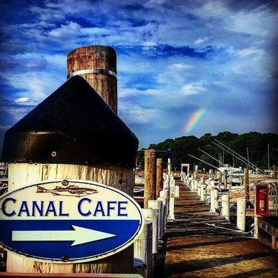 The Canal Cafe in Hampton Bays is open on Easter.