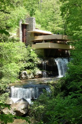 Falling Water by Frank Lloyd Wright. DADEROT/WIKIMEDIA COMMONS