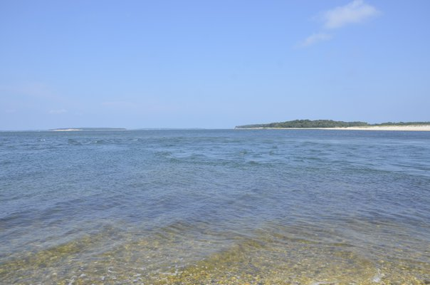 Suffolk County leases 10-acre parcels of bottomlands in Peconic Bay for the purpose of growing shellfish. GREG WEHNER