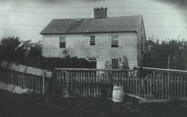 Home Sweet Home in 1908. C. FRANK DAYTON PHOTOGRAPH COLLECTION
