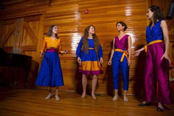 Libero Canto singers Deborah Carmichael, Kinga Cserjési, Sara Serpa, Marisa Michelson performing at the Amagansett Life-Saving Station in June, 2018. OLGA GOWOREK