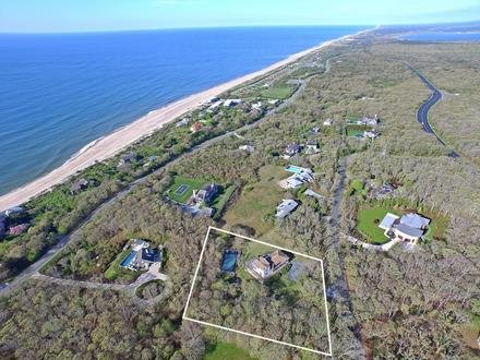 """""""Saturday Night Live"""" writer and actor Colin Jost bought a home in Montauk last month. COURTESY DOUGLAS ELLIMAN"""