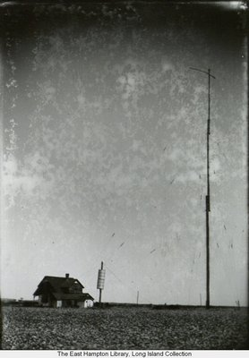 The Marconi station in Sagaponack. COURTESY EAST HAMPTON LIBRARY, LONG ISLAND COLLECTION