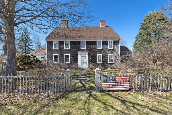 The 1775 Deacon David Hedges House on Hedges Lane in Sagaponack would be preserved and renovated instead of razed, in a new proposal by the owner to redevelop the property.   PRESS FILE