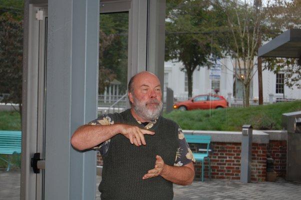 Ken Dorph speaking at the John Jermain Memorial Library in Sag Harbor while hosting scholars from the Obama Foundation. JON WINKLER