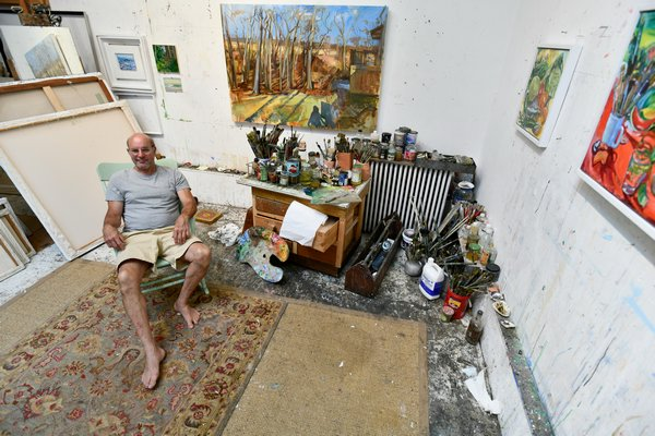 Bruce Lieberman in his Water Mill studio.  DANA SHAW
