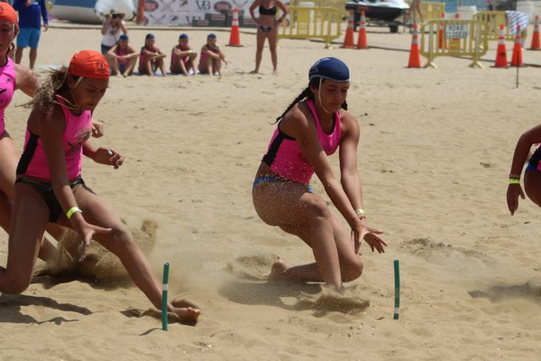 Junior HLA guards compete at the USLA National Championships in Virginia Beach.