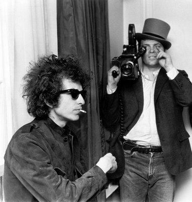 DA Pennebaker and Bob Dylan working on