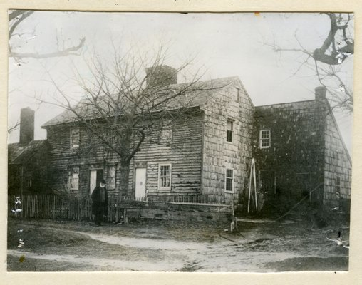 The Dominy woodworking shop is on the right within the lean-to extension. COURTESY EAST HAMPTON HISTORICAL SOCIETY