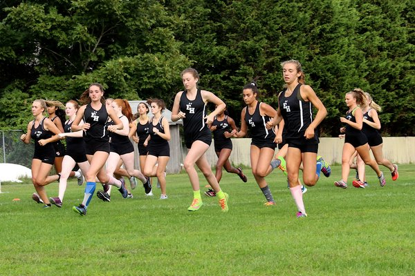 East Hampton and Mount Sinai girls take off at East Hampton High School on September 10.