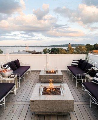 Macari Vineyards' Menhaden roof deck.