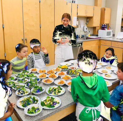 Students participate in the WKids Healthy Food for Life program.