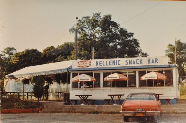 A vintage photograph of the Hellenic Snack Bar & Restuarant.