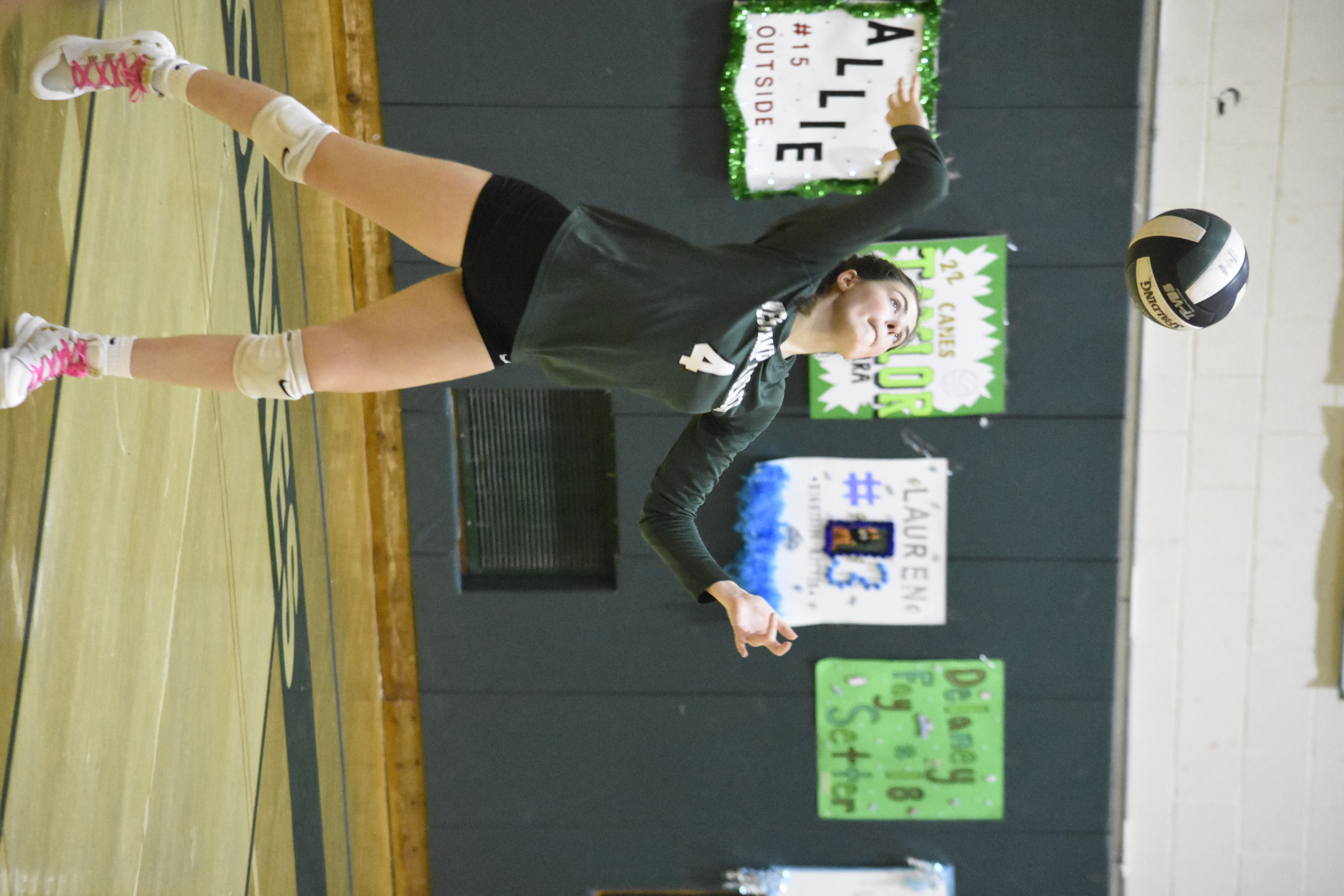 Olivia Jayne's strong serving helped lead Westhampton Beach to a victory in the fourth game.