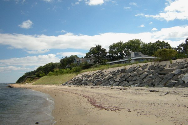 East Hampton Town officials are seeking protections from coastal storms. KYRIL BROMLEY