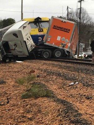 A Long Island Rail Road train struck a tractor trailor in Quogue on Thursday morning. COURTESY SEBASTIAN SET GUZMAN