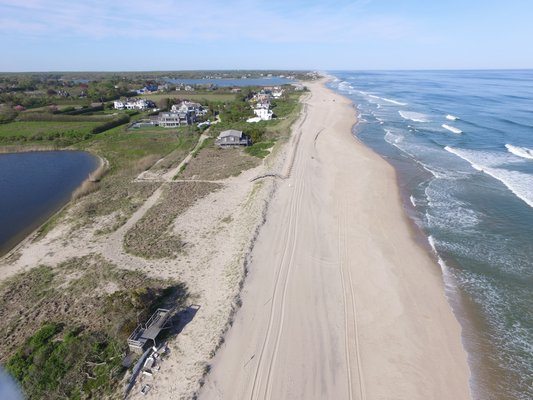 Ronald Lauder has asked East Hampton Town for permission to rebuild a house that was destroyed during Superstorm Sandy on a stretch of dunelands he owns near Beach Lane in Wainscott. The lone remnants of the old house