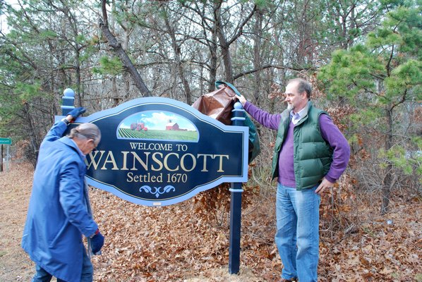 One of the two 'Welcome to Wainscott' signs is unveiled. LAURA WEIR