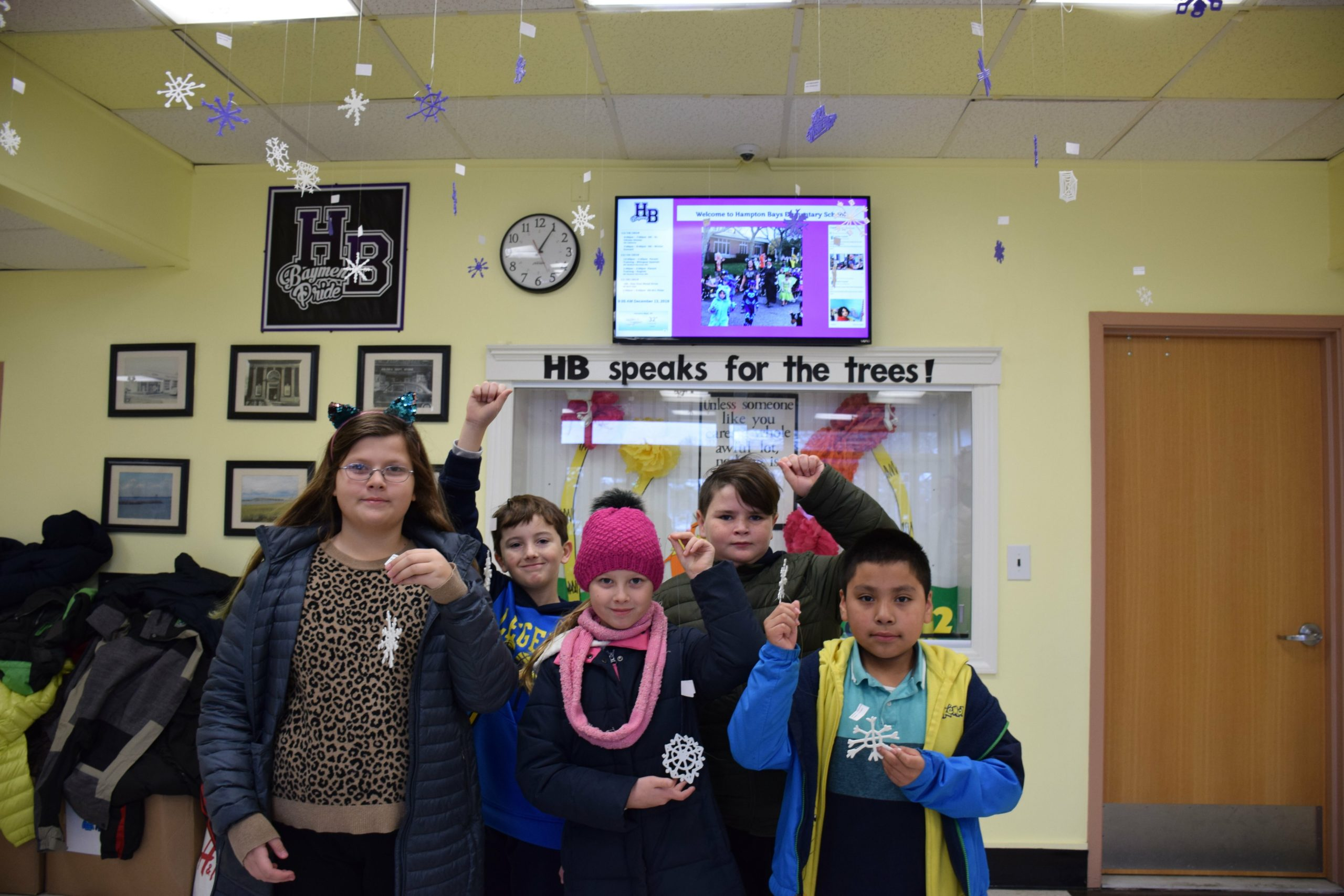 Hampton Bays Elementary School fourth-graders used 3D printing technology in their STEM classes to design symmetrical snowflakes. The 152 individually designed works of art are displayed in the main hallway of the school.