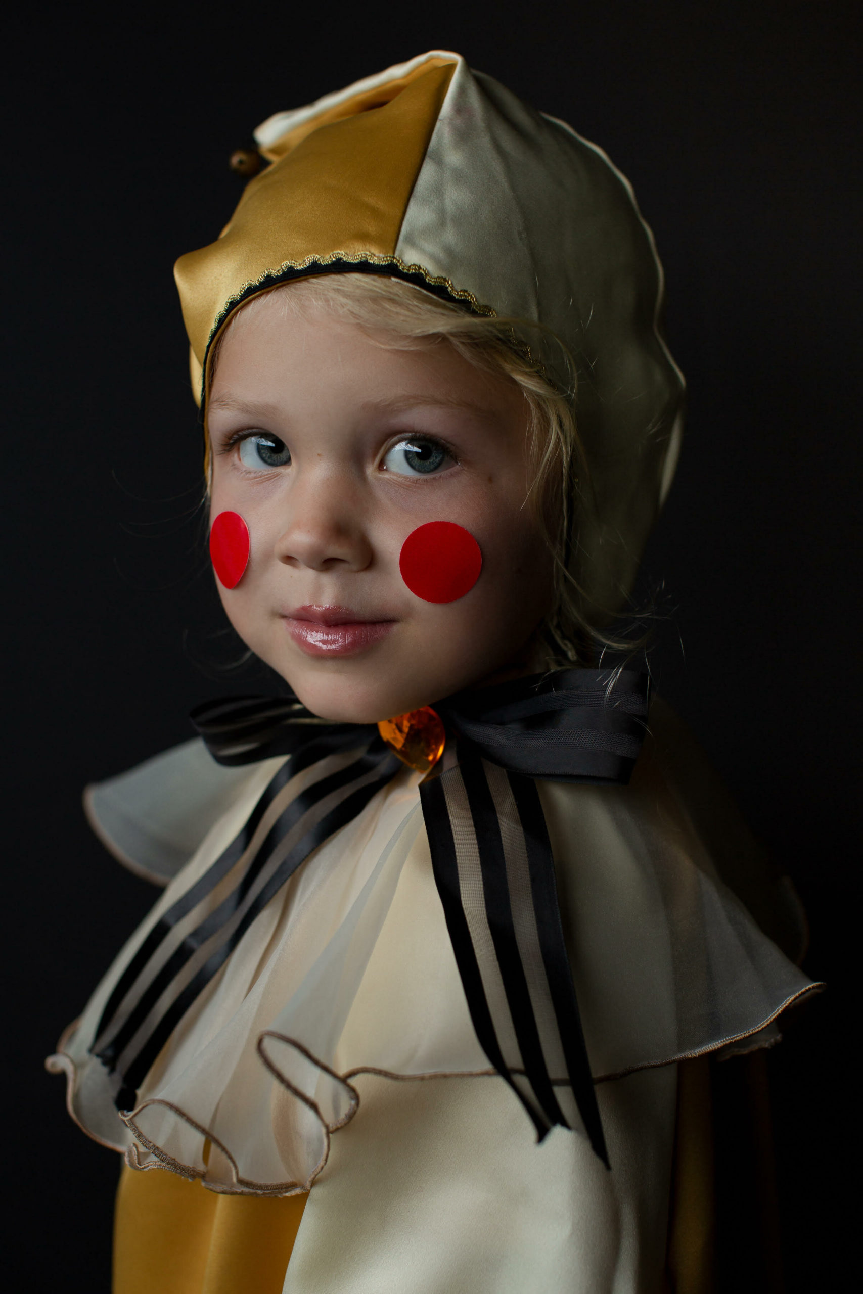 Eden McDermott as one of Mother Ginger's polinchinelles.