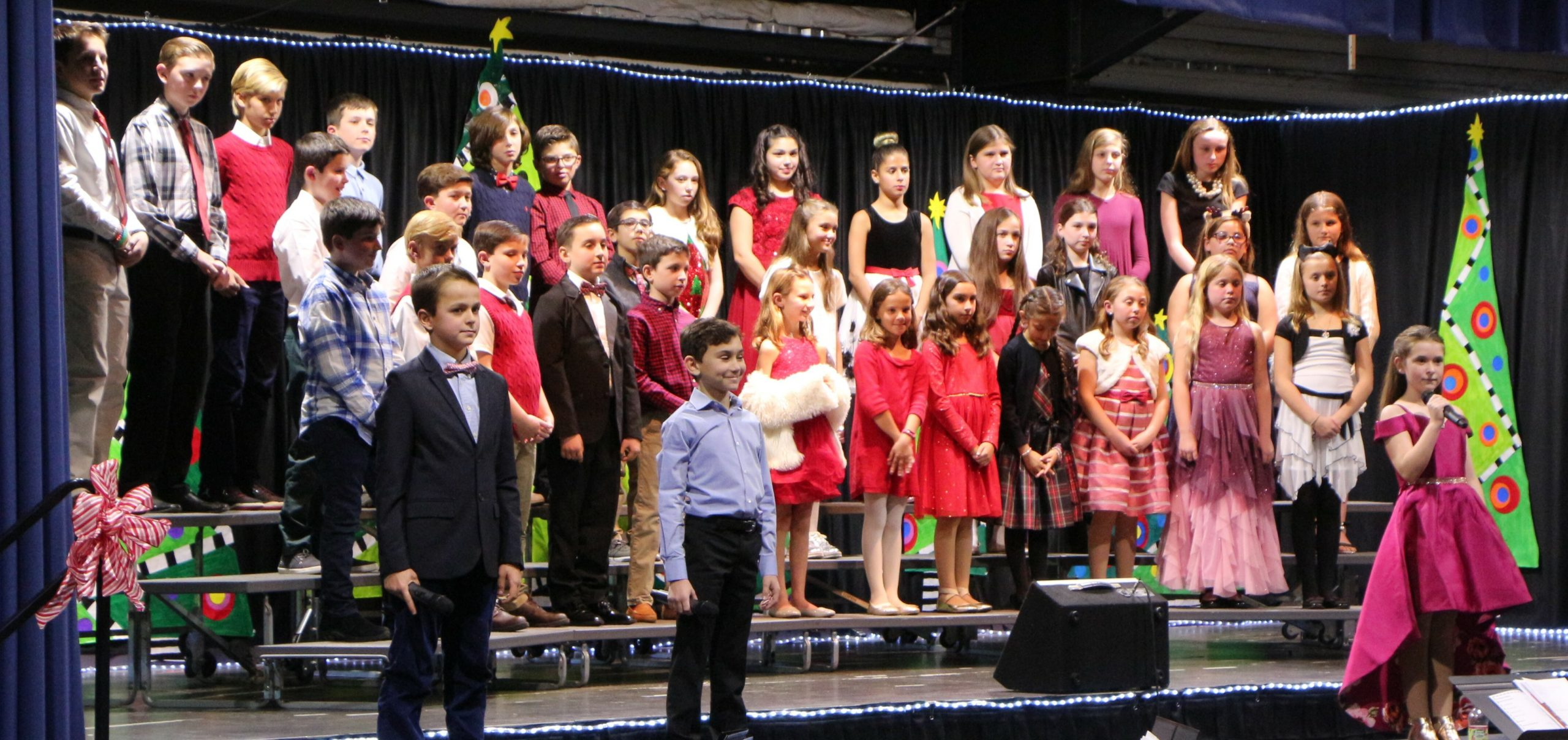 Raynor Country Day School hosted its annual Winter Concert for students in fourth- through sixth-grade. During the event, the senior band, jazz band, senior chorus, the ukulele ensemble and piano soloists performed. The senior chorus performing.