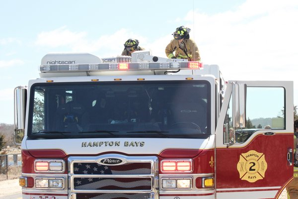A fire broke out at the National Golf Links clubhouse shortly before noon on Wednesday.