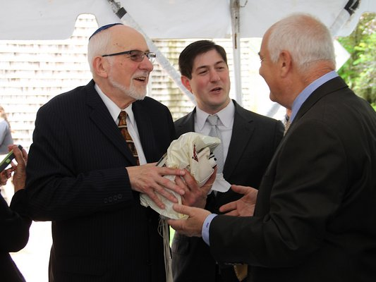 Retiring Rabbi Sheldon Zimmerman