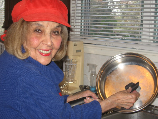 Southampton resident Betty Birnbaum has created a new product to make kitchen chores easier.