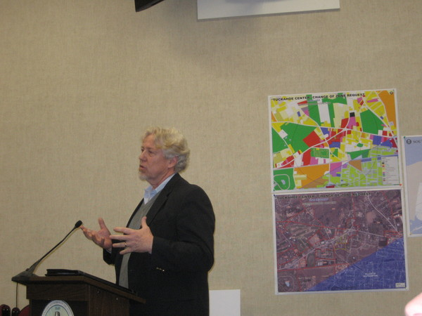 Timothy Rumph described new green features of a proposed Tuckahoe supermarket.