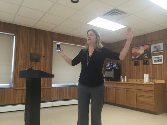 Musician Nancy Atlas speaks about decibel levels at Tuesday's Town Board work session in Montauk. MICHAEL WRIGHT