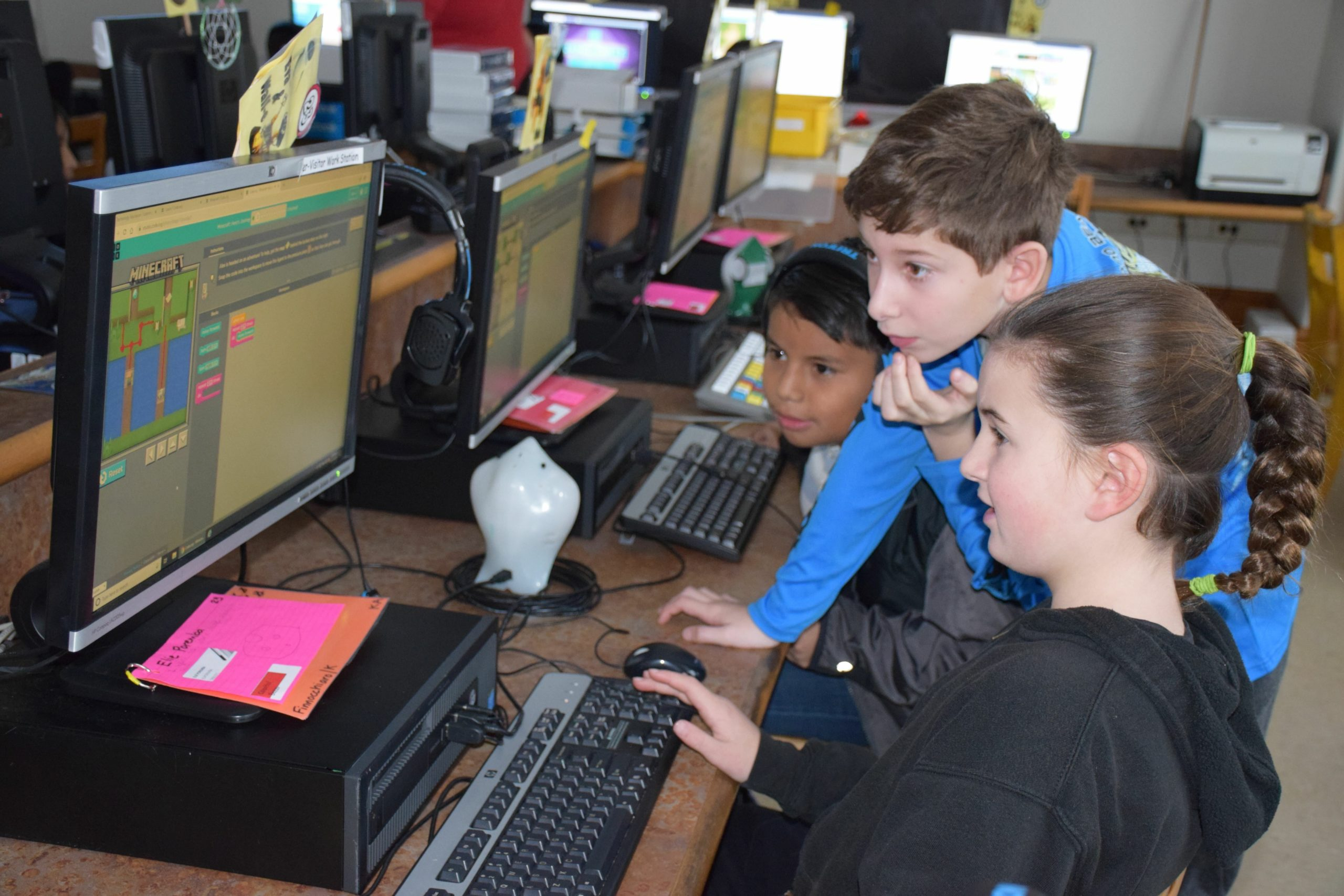 To mark Computer Science Education Week, Southampton Elementary School students spent an hour learning code through activities provided by Code.org, during their STEM period. Known as the Hour of Code, the experience gives students an opportunity to explore coding as the basis for a possible career in computer science. It also allows them to hone their problem-solving skills and celebrate the birthday of computing pioneer Grace Murray Hopper.