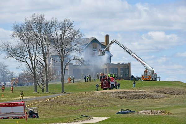 A fire broke out at the National Golf Links clubhouse sh