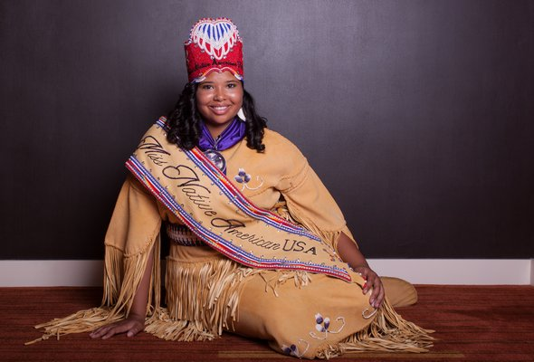 Shinnecock tribe member Autumn Rose Williams was crowned Miss Native America USA 2017 on Saturday at a ceremony in Arizona.