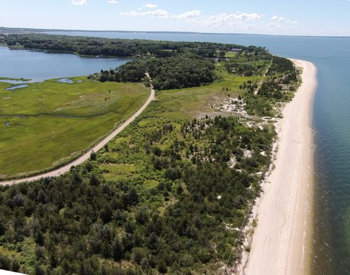 An aerial view of Cow Neck Preserve.