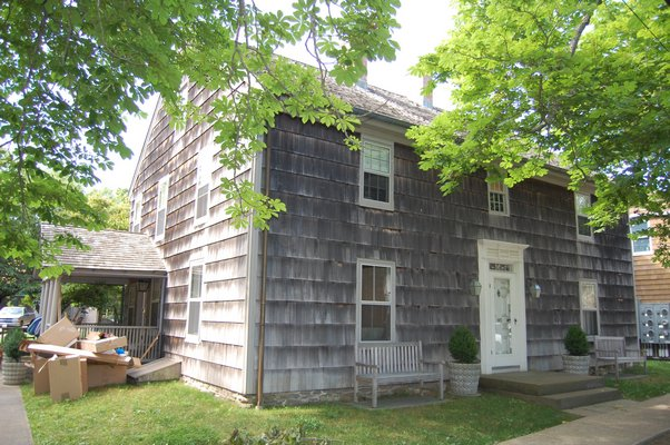 145 Main Street in Amagansett