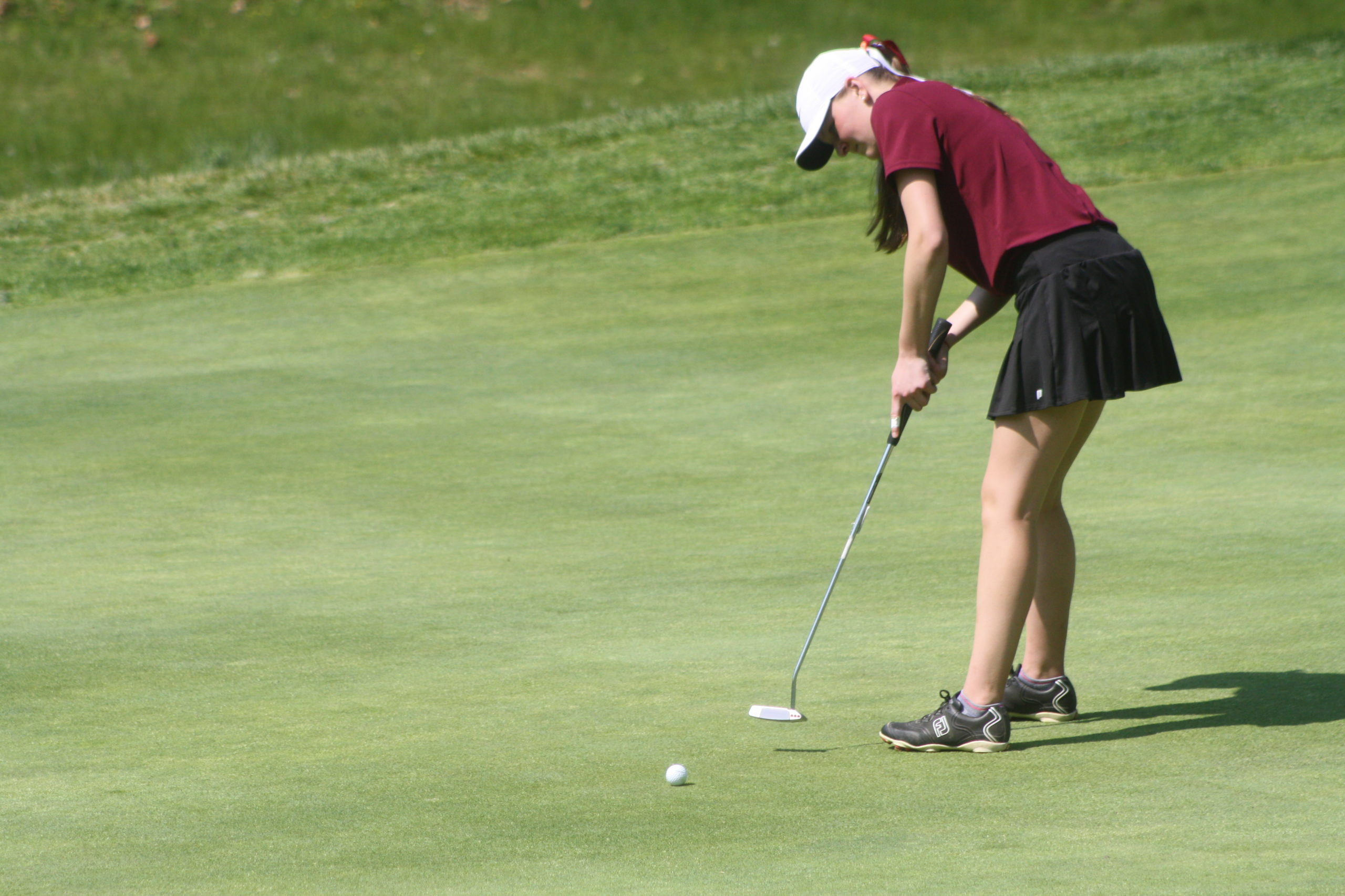 Caraline Oakley at last year's Suffolk County Girls Golf Championships.