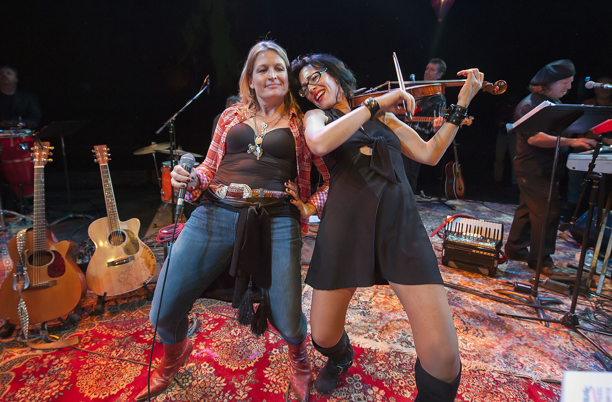 Nancy Atlas performing with Danny Keane at Bay Street Theater during the Fireside Session on January 14, 2017.
