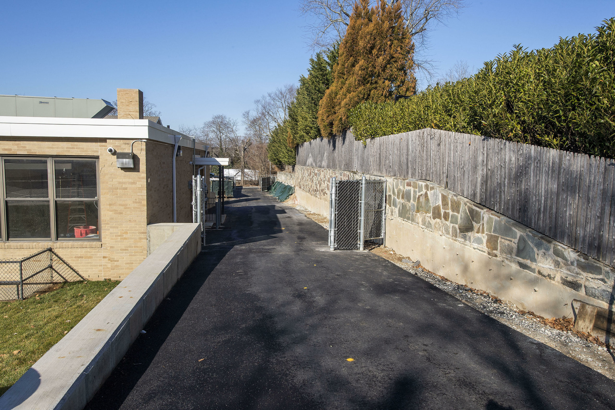 Soil found last spring near an old retaining wall on the Sag Harbor Learning Center property contained trace amounts of arsenic it was revealed to members of the Sag Harbor School Board of Education this week.