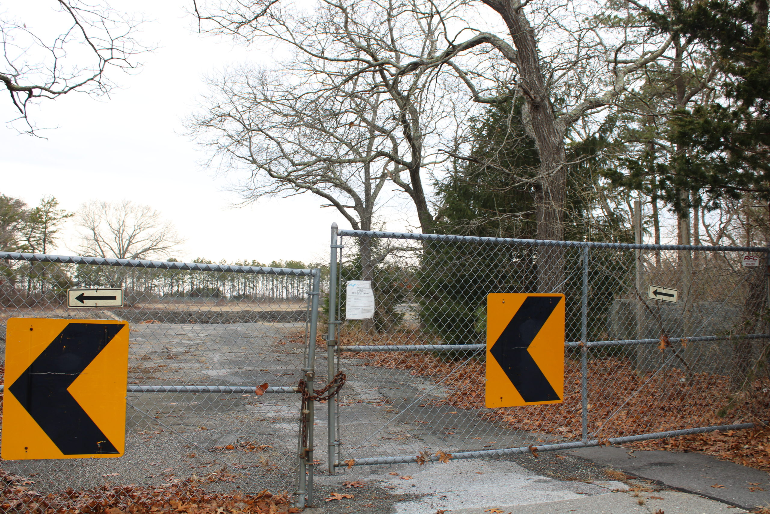 Westhampton Beach Planning Board adresssed the proposed 52-unit dwelling and community center on Rogers Avenue, no final decisions have been made.