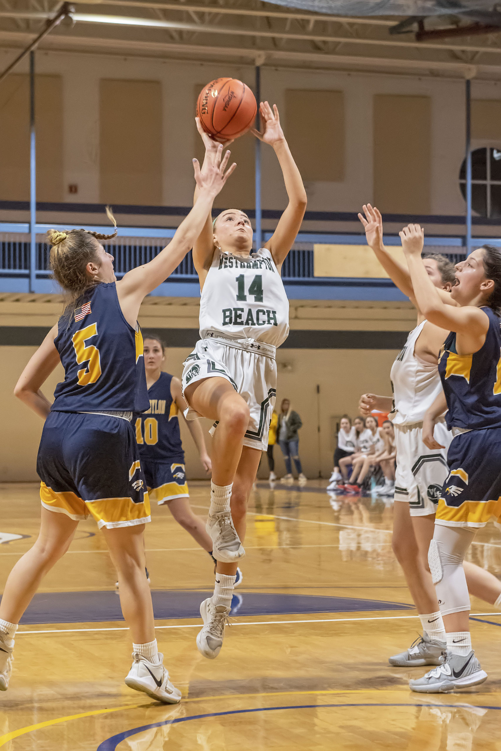 Westhampton Beach senior Isabelle Smith scored a game-high 22 points on Tuesday night.