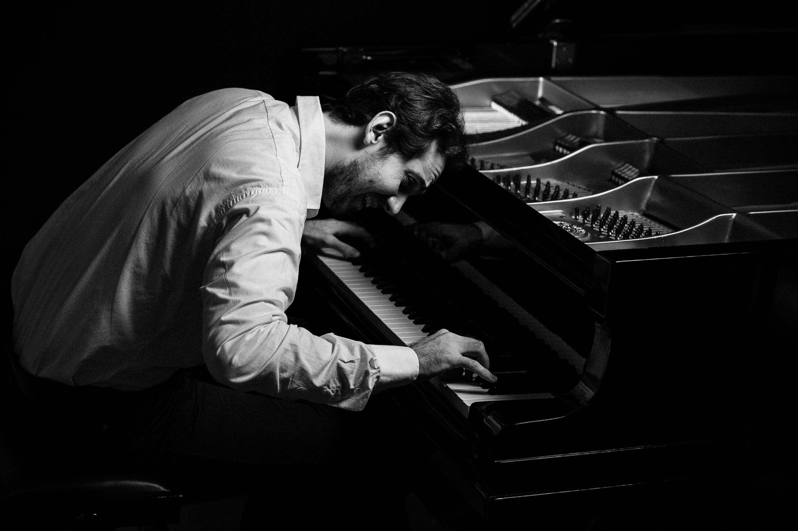 Pianist Alex Pryrodny