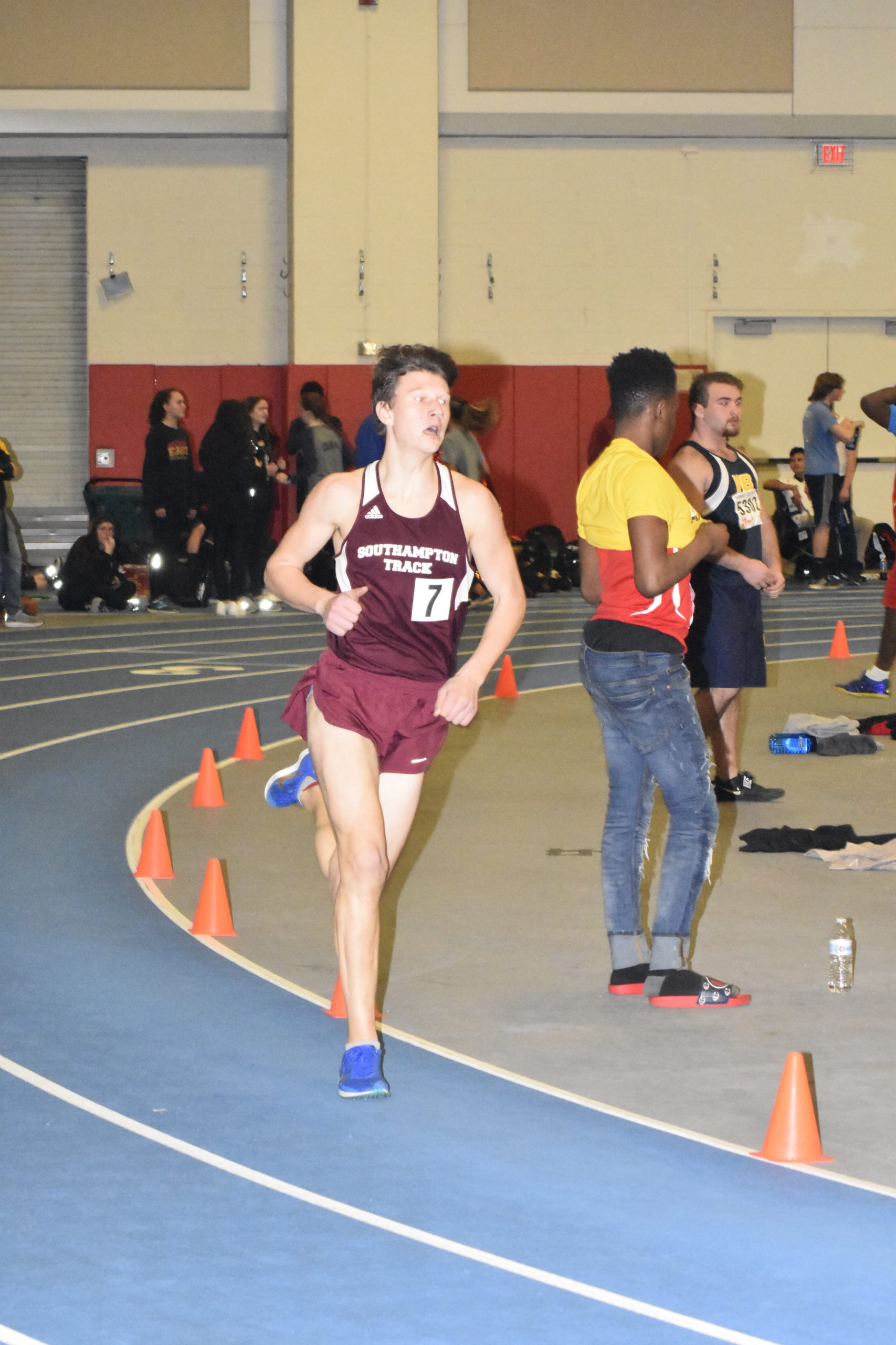 Mariner Griffin Schwartz reached the state qualifier in the 1,000-meter race.