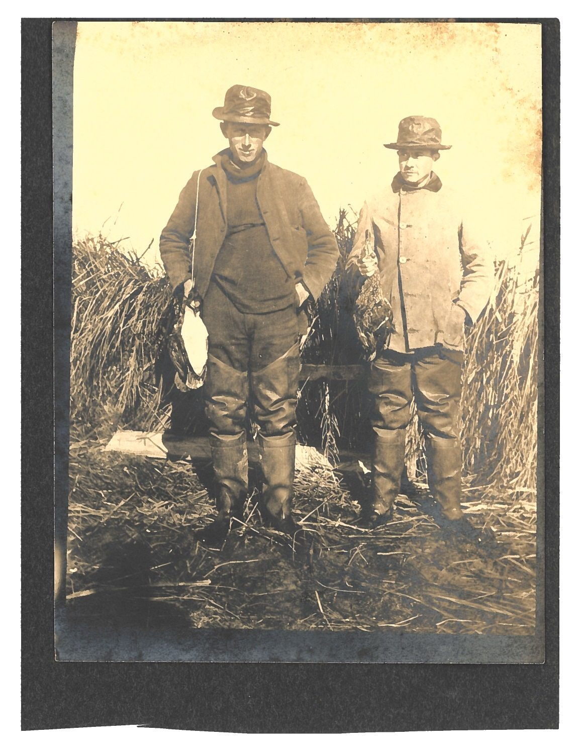 Two unknown duck hunters at Montauk, circa 1895. COLLECTION OF THE EAST HAMPTON HISTORICAL SOCIETY